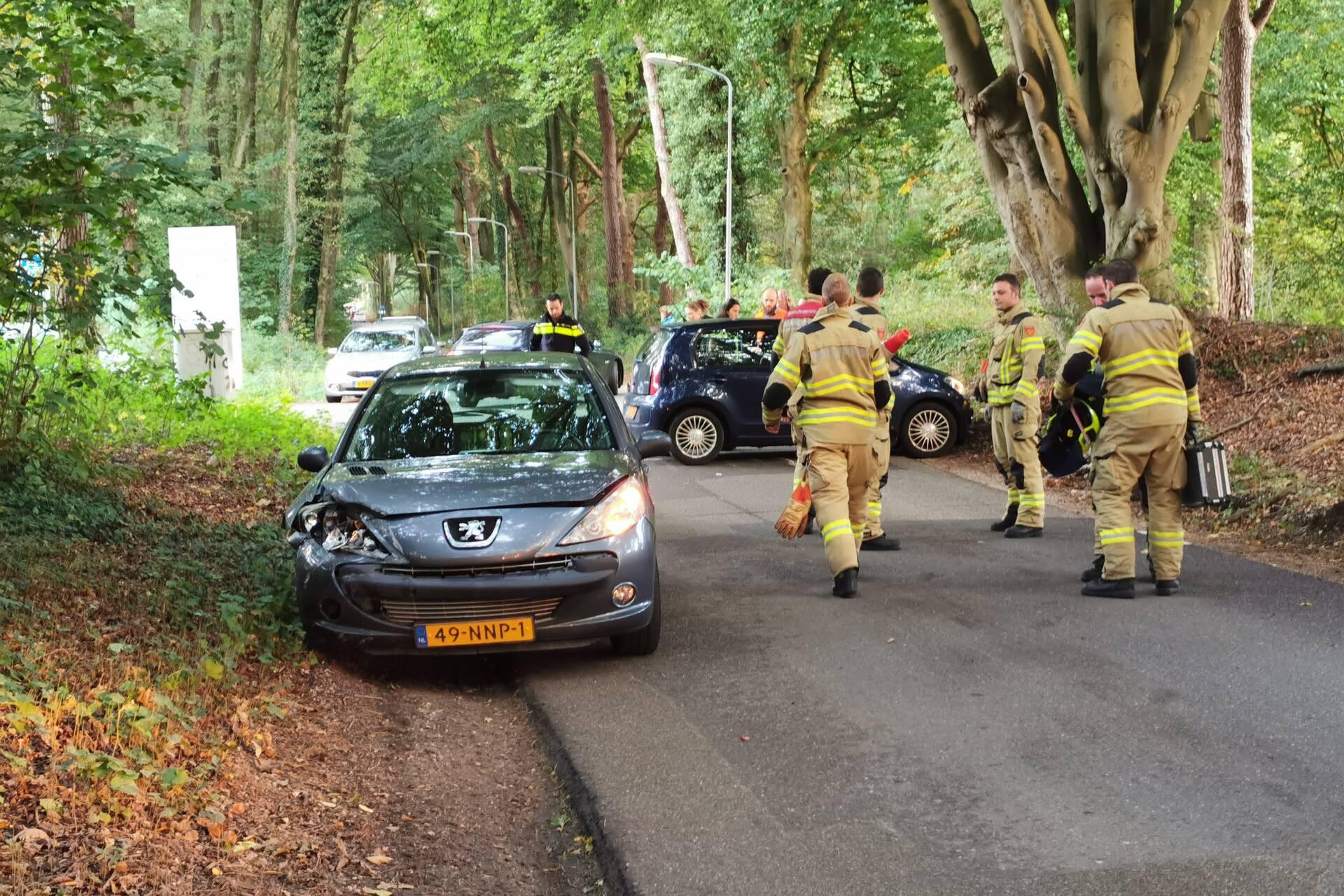 Verkeersopstopping na verkeersongeval op de Horalaan in Ede.